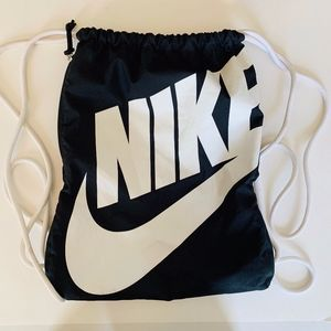 Nike Heritage Drawstring Backpack Black and White